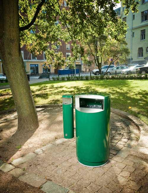 Урна зеленая RAL из металла 2 мм в городском парке FINBIN CITY 60 COMBY