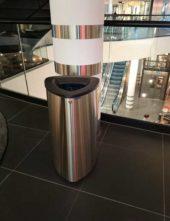 Урна мусорная нержавеющая 80 литров BERMUDA 80 в торговом центре