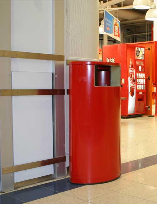 Урна в супермаркете красная FINBIN OVAL на цоколе