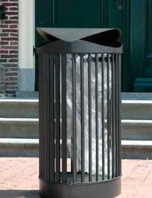 Урна с пакетом для мусора из железных прутьев с закрытым верхом FINBIN CITY CASTLE