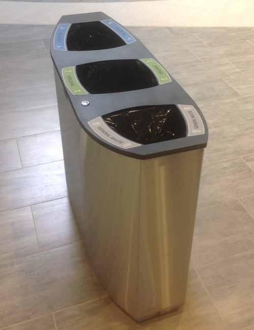 Крышка и урна из нержавейки в торговом центре для раздельного сбора мусора FINBIN WAVE 3