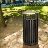 Парковая мусорная урна серии CASTLE из прутьев металла