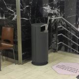 урна в торговом центре цилиндрическая серия FINBIN СИТИ 100 серая