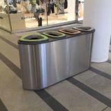 Мусорная нержавеющая урна для сбора 4 видов отходов из нержавеющей стали в торговом центре