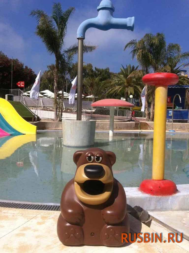 Медведь - урна для сбора мусора установка у бассейна Glasdon Tidy Bear