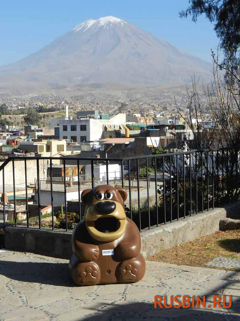 Медвежонок - Урна для мусора в отеле Glasdon Tidy Bear