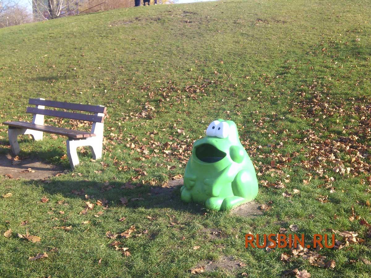 Уличная мусорная детская урна лягушка Glasdon Froggo