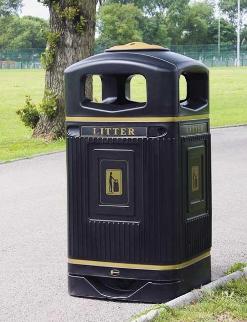 Антивандальная мусорная урна 110 литров GLASDON Jubille с пепельницей