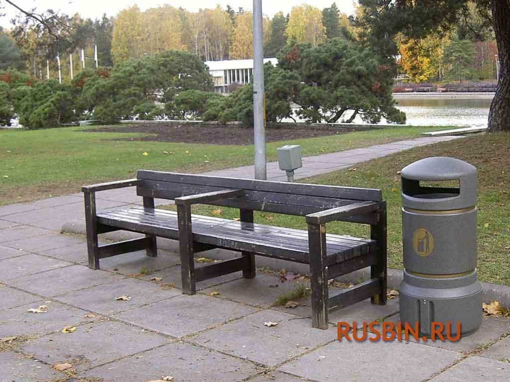 Урна мусорная и лавочка Glasdon Plaza Mini серого цвета