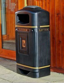 черные городские урны для мусора Glasdon Streamline Jubilee