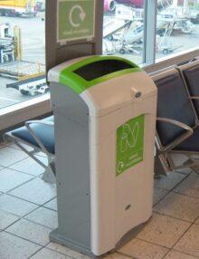 Контейнера для раздельного мусора в помещении GLASDON NEXUS 100