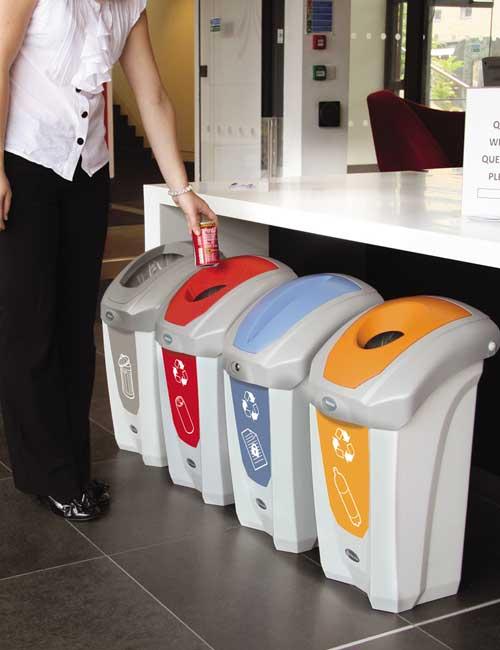 станция раздельного сбора и переработки мусора на базе урн NEXUS 30 GLASDON