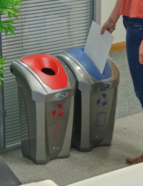 Урна для мусора в офисах NEXUS 30