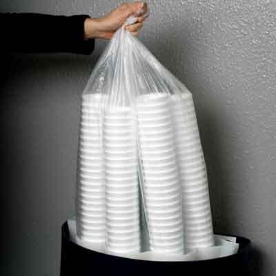 Удобное извлечение собранных стаканчиков из урны