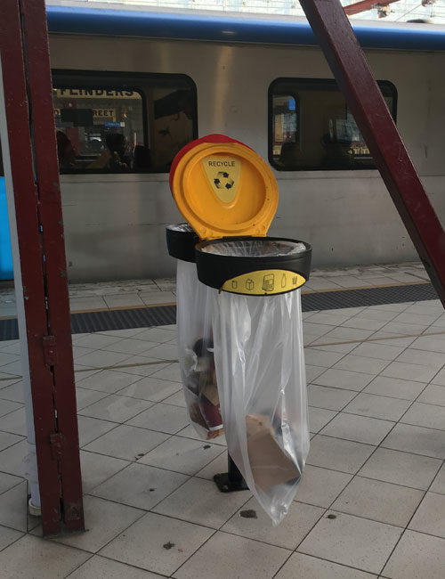 Урна для железнодорожной станции прозрачная