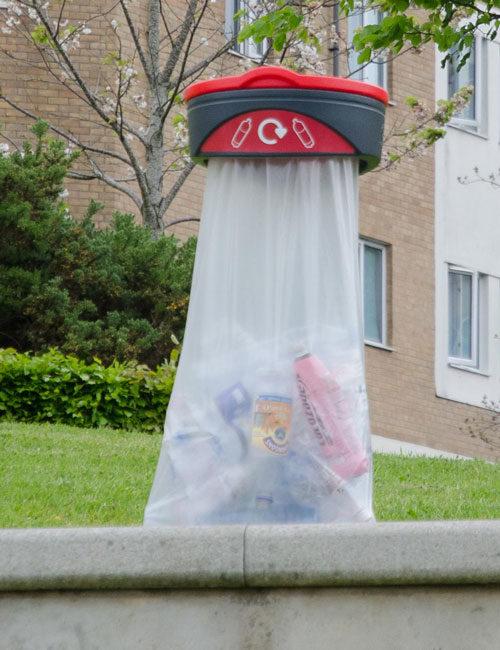 Прозрачные уличные урны для мусора ORBIS