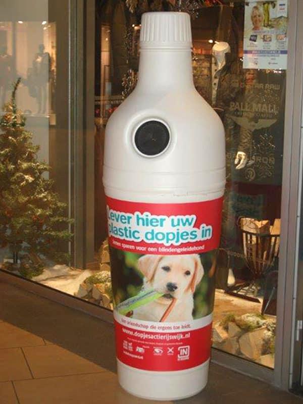 Бутылка - урна для мусора белая
