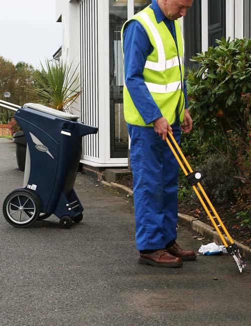 Уборочные мусорные тележки для дворников Skipper